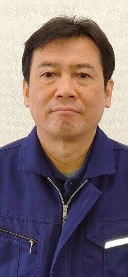 顔写真:吉岡 正彦